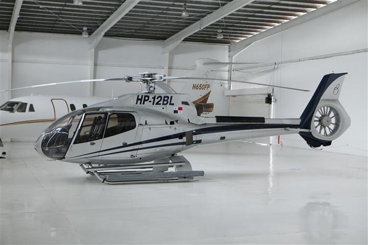 ROBINSON R44 (2)